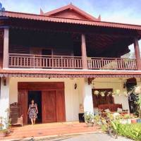 Beautiful Wooden Style 4 – Bedroom House for Rent in Siem Reap – Slor Kram