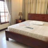 Two bedrooms apartment for rent in Toul Tompong